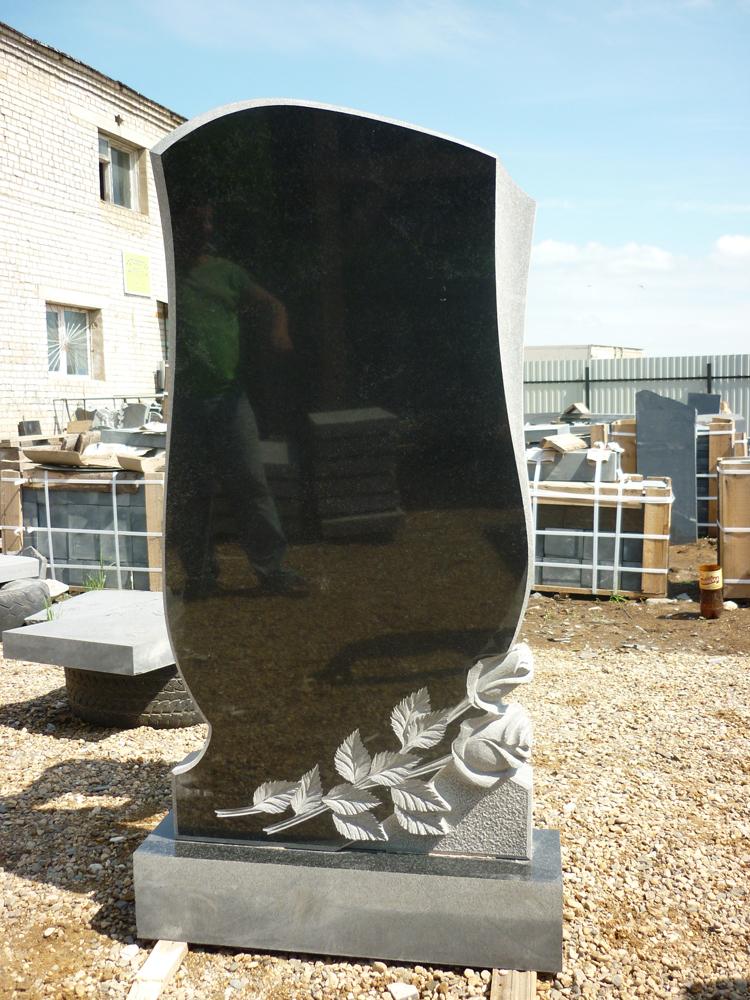 Недорогие памятники из гранита в йошкар оле цены на памятники на кладбище кукмор